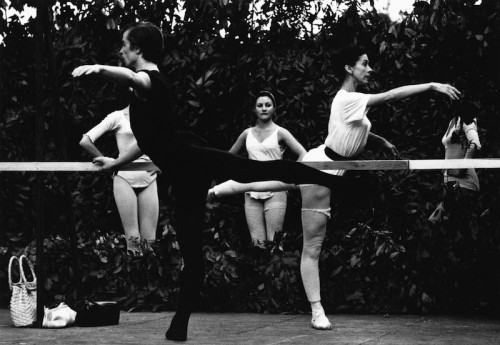 The Royal Ballet; Margot Fonteyn and Rudolph Nureyev doing a class before performing Swan Lake at the Nervi Festival - Di Levante, Italy; 1962 © Colin Jones