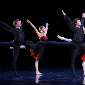 WIN 2 tickets to the Mariinsky Ballet at Wales Millennium Centre