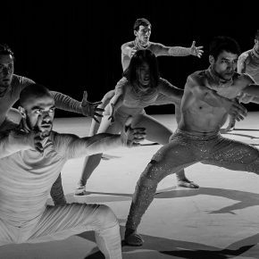 Swan Lake-esque, Drum n Bass, classical, contemporary mashup from Ballet National de Marseille