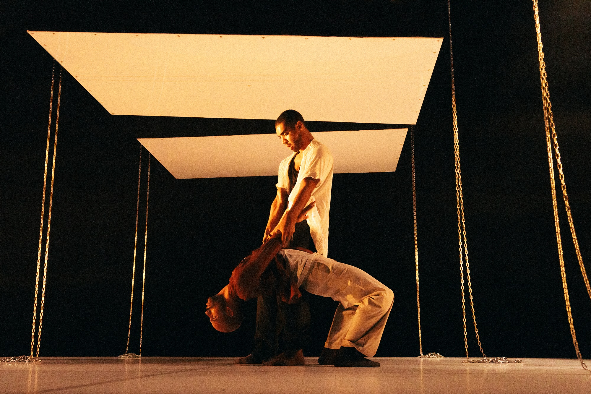 RUN - From Above by Tamsin Fitzgerald - Dancers Louis Parker-Evans and Jason Boyle - Photo Luke Evans