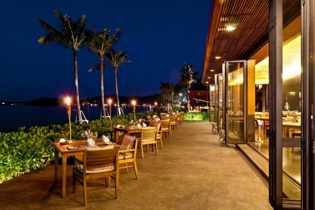 Restaurant at Hansar Samui Resort