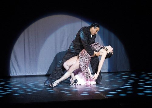a review of the tangueros in milonga boulevard tango ballet Queer tango festival in berlin 2018 - workshops, performances, in berlin für lesben, schwule, transgender and heterosexuel dancers.