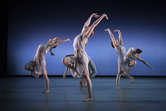 "Richard Alston Dance Company — Tangent / Chacony / Gypsy Mixture: ""irresistible and captivating"""