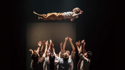 "Hofesh Shechter Company – Grand Finale ""explosive and mind-blowing choreography"""