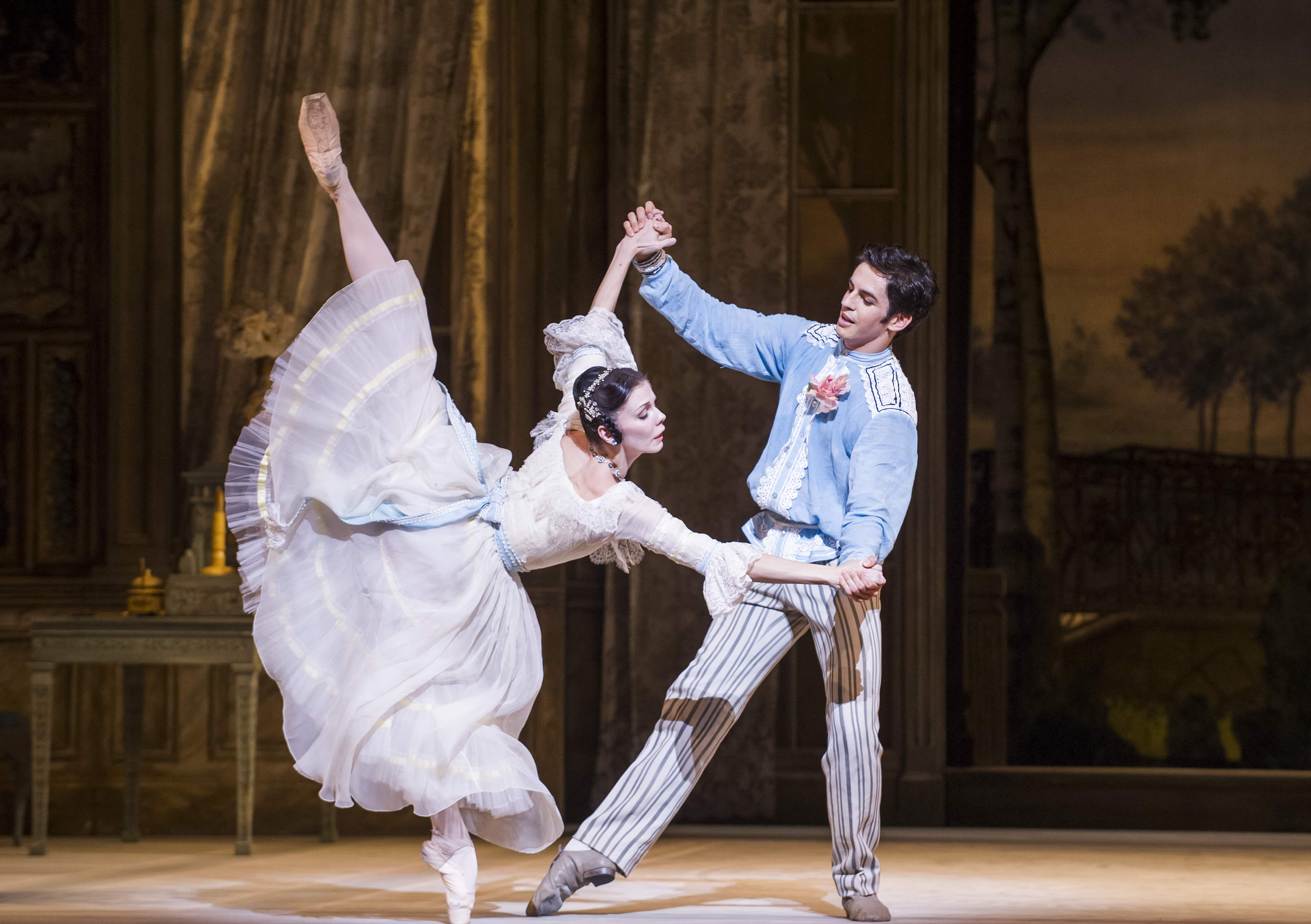 A Month in the Country. Natalia Osipova and Federico Bonelli. ©ROH, 2014. Photographed by Tristram Kenton