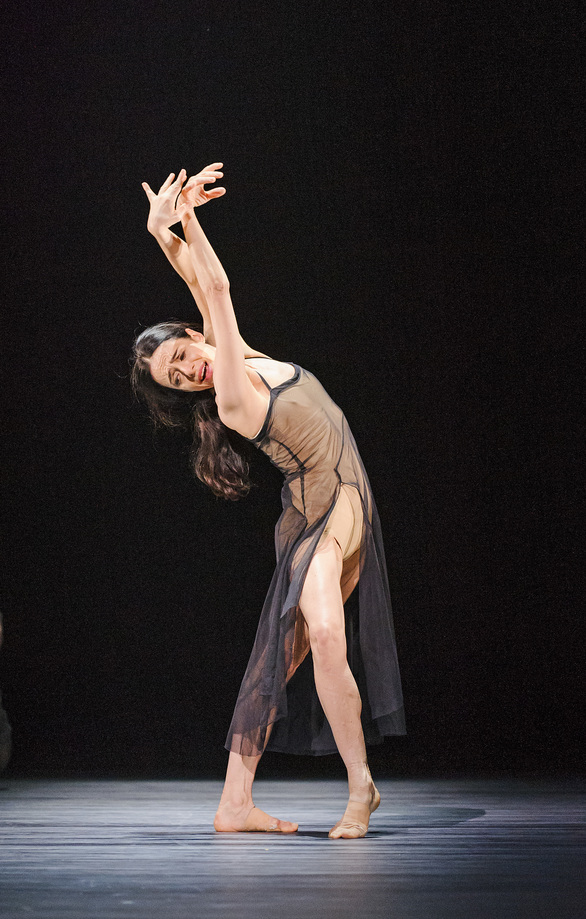 Woolf Works Alessandra Ferri ©ROH 2015 Photographed by Tristam Kenton